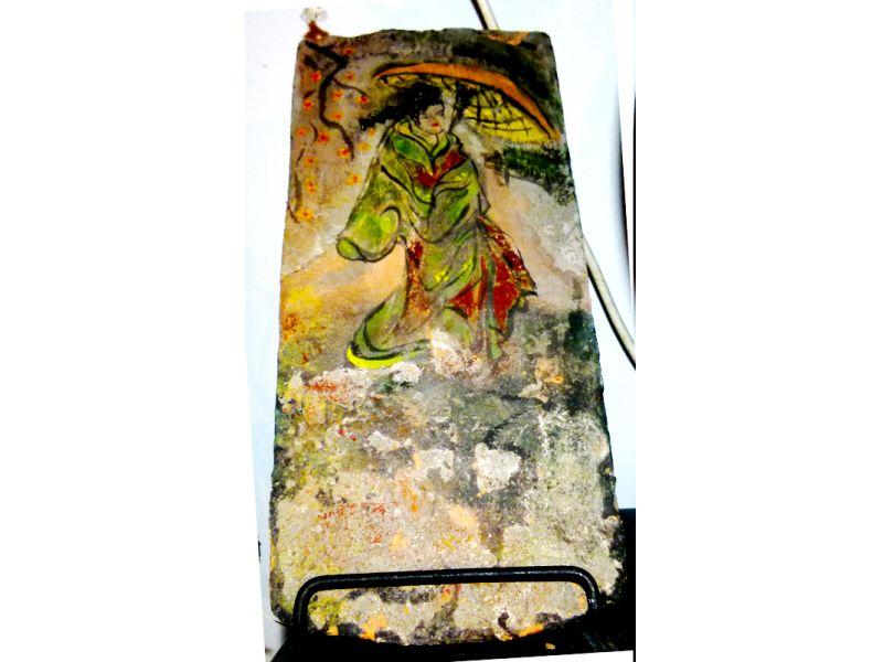 cserépre festett női alak :