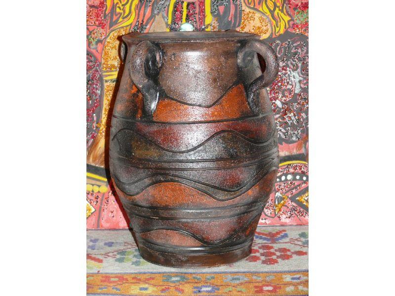 kerámia Afrikai füles padló váza  : antikolt technikával idézi a régmúlt afrikai kerámia tárgyait nagyméretű padlóváza szinek a föld szinei rendelésre szin vagy méret változttható