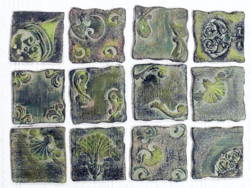 Kékes antik csempék :